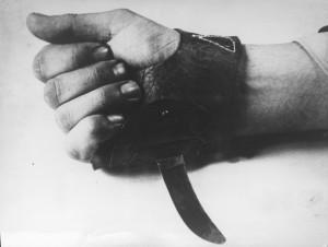 Srbosjek_(knife)_used_in_Croatia_-_1941–1945