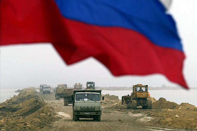 RUSSIA-UKRAINE-UNREST-POLITICS-TRANSPORTATION-ECONOMY-TRANSPORT-