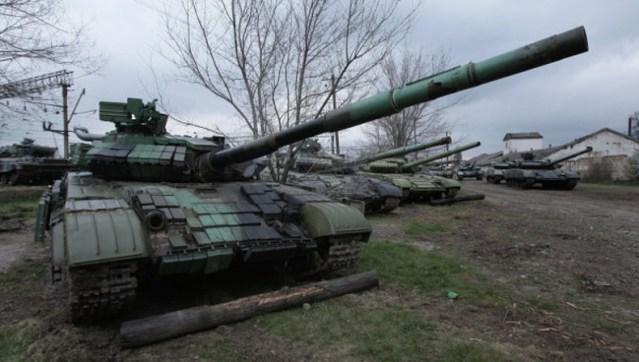 tenkovi-novorusija-790x447