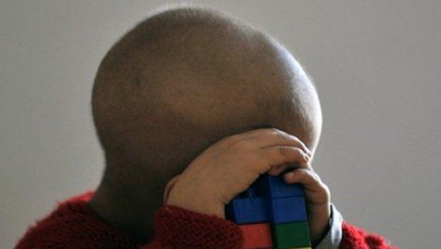 dete-boluje-od-leukemije-620x350