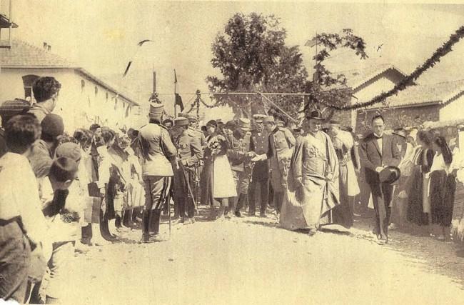 kralj i primas srpski u Baru 1925