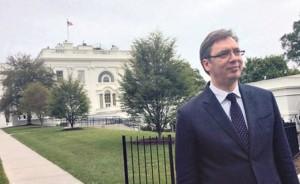 Vučić na sporednom ulazu u Belu kuću