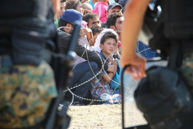 sirijske_izbjeglice-u-makedoniji1