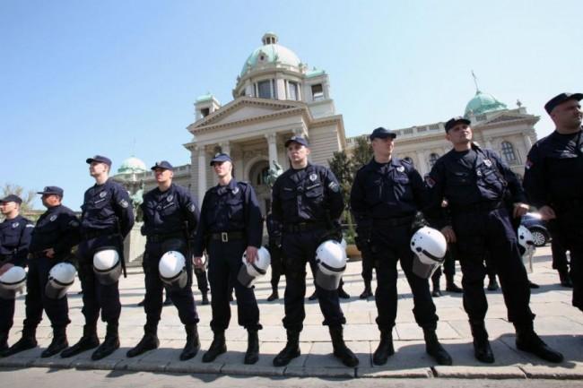 srbijanska-policija-beograd-ap-main_0
