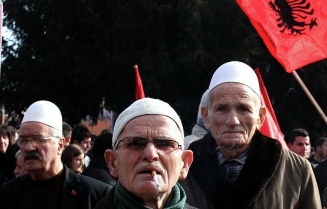 Albanci-na-protestu-u-Bujanovcu-750x480