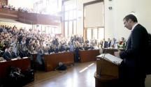 Aleksandar-Vucic-Pravni-fakultet05-670x447