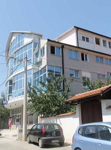 Na istoj adresi: zgrada u kojoj je smešten odbor SNS-a i u kojoj će verovatno biti sedište TV Vranjska plus