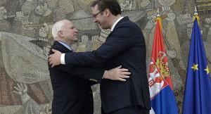 Vučić i Mekejn