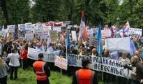 U Banjaluci počeo je protest opozicije, odnosno Saveza za promjene i miting vladajuće koalicije u Republici Srpskoj, SNSD, DNS i SP. ( Admir Krehmiç - Anadolu Agency )