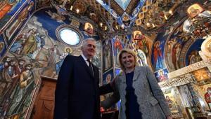 Foto Srđan Ilić - Tomislav i Dragica Nikolić u crkvi u Bajčetini