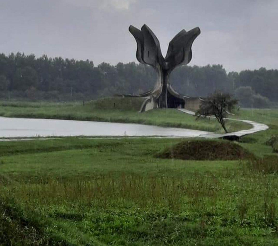 spomenik -Jasenovac